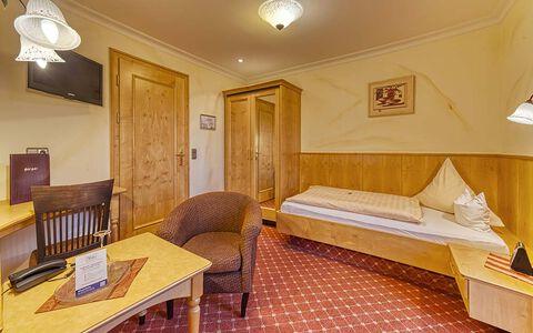 Einzelzimmer Landhaus Komfort im Wellnesshotel in Bayern