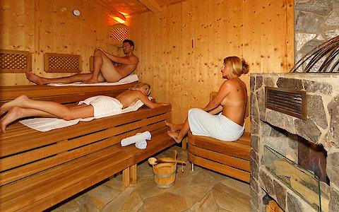 Saunalandschaft im Wellnesshotel Weber